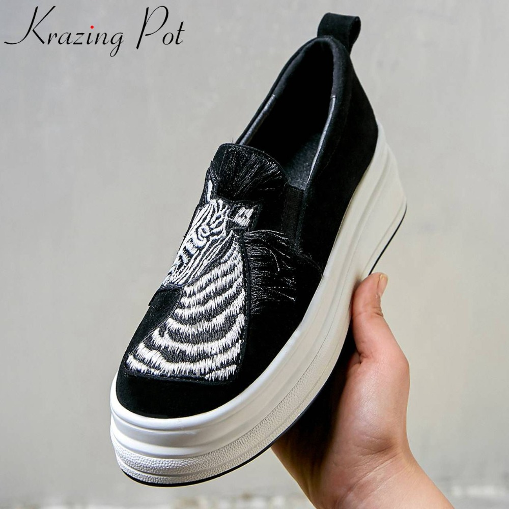 Krazing Pot natural leather animal appliques tassel decoration slip on loafers high bottom high quality vulcanized