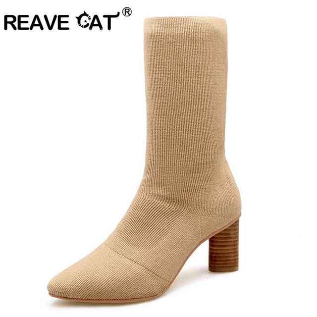 REAVE GATO Novas Mulheres Da Moda botas Meados de bezerro botas de inverno Confortável doce Nomeação sólida mulheres populares botas de Lã Sólida A043