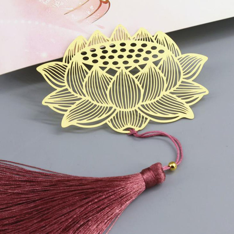 1 Pcs Hot Retro Bookmark With Metal Lotus Flower Tassels Style Bookmarks Book Holder Stationery Chinese Gift