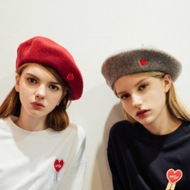 Beret Hat Women Winter 2018 New Hot Fashion Female Soft Embroidery Woolen  Knit Casual Simple Classic Basic Berets Hats e3c0ec1757e