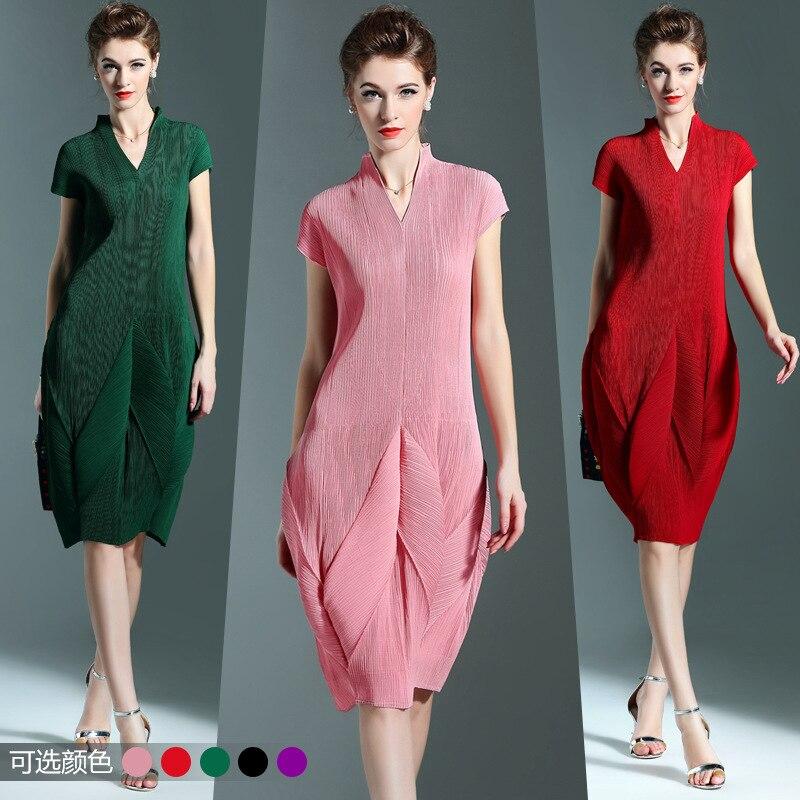Plus Size Dress Женщины 2016 Летняя Мода V-образным Вырезом С Коротким Рукавом Твердые Miyake Складки Фонарь Dress Для Женщин 45-80 КГ