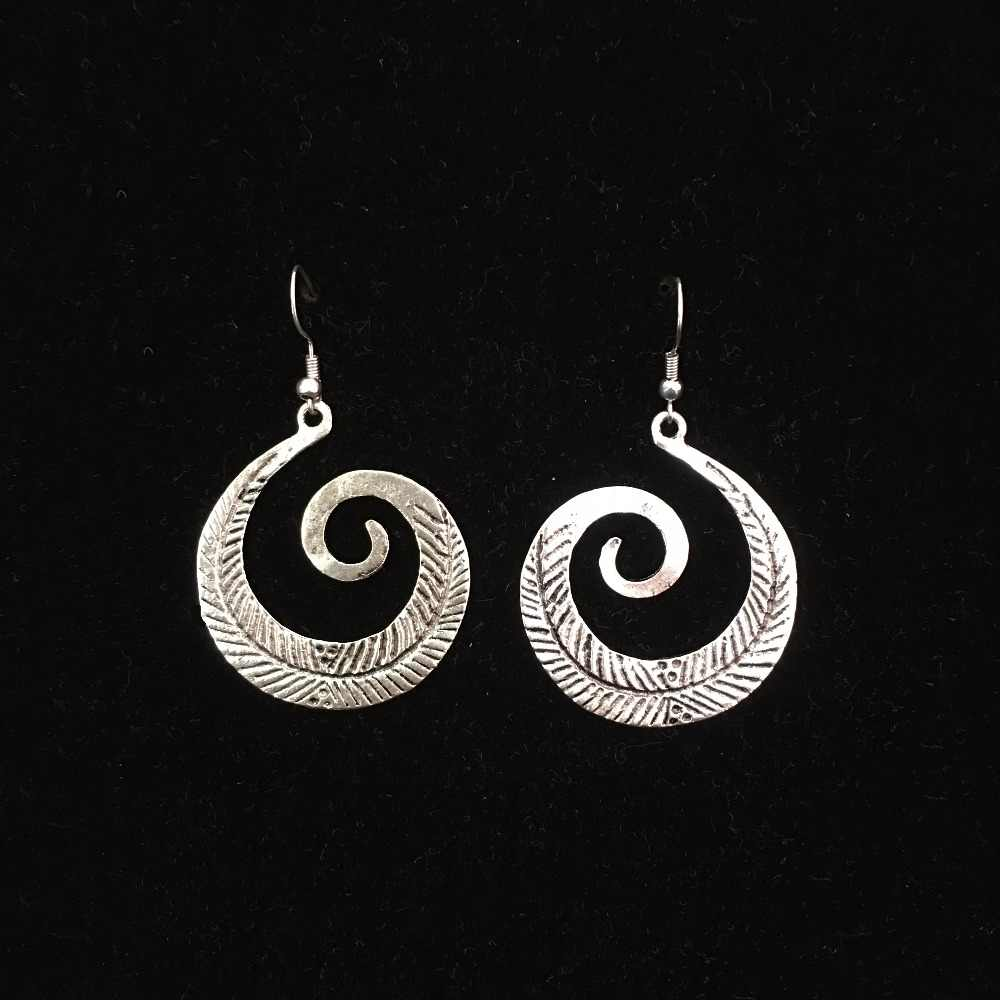 0eb9687c9 India Jaipur Gypsy Tribe Earrings Jewelry Moon The Dove of Peace Flower  Carved Silver Jewelry Thailand