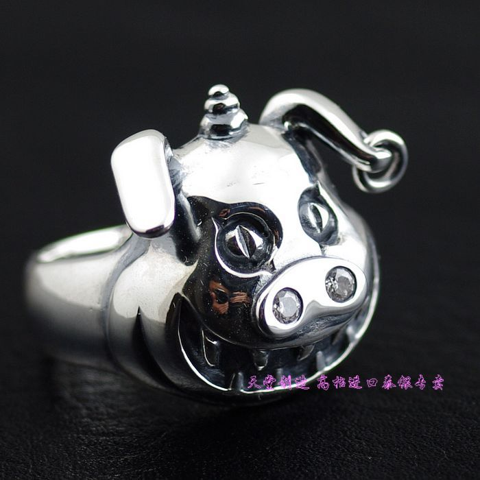 Thailand imports, Japan with a cartoon pig teeth Silver Ring thailand imports skull blood new skeleton silver ring
