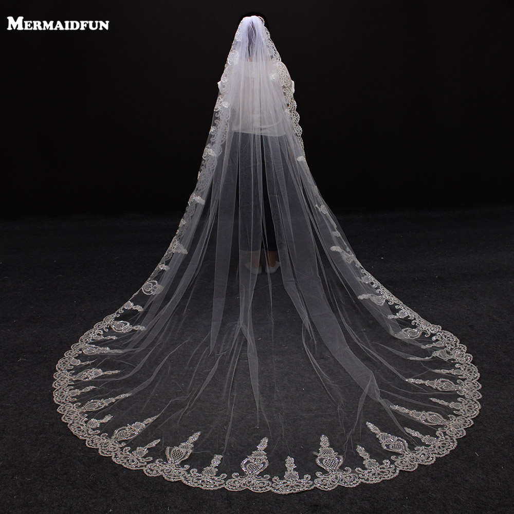 2017 New Sequined Lace One Layer Beautiful Wedding Veil with Comb Lace Edge White Ivory Veil
