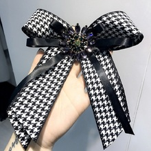 2018 Bow Crystal Women Brooches Pins Fabric Bowknot Tie Necktie Canvas Corsage Brooch for Clothing Dress Accessories P140