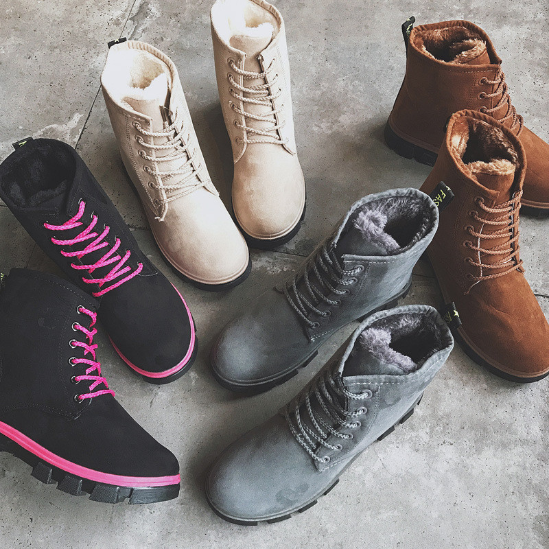 Autumn/winter snow boots women's shoes in the flat with the students with a thick and thick short tube wear of the cotton shoe in autumn the new style of the leather face of the thick bottom of the shoe fashion of many colors
