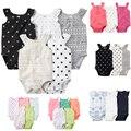 Novo 2017 Baby Girl 3 pcs e 5 pcs Pacote de Roupas Bodysuits Bebê Menina Sem Mangas Macacão Bebes Infantil carter algodão