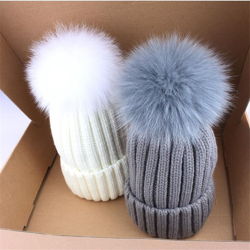 Winter fur hat for women real raccoon fox fur beanies cap Wool  knitted hat 2016 new arrival fashion unisex snow cap the new children s cubs hat qiu dong with cartoon animals knitting wool cap and pile
