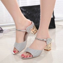 Zapatos de Las Mujeres zapatos de Tacón Alto Sandalias de Verano Dulce Bohemia Hebilla Zapatos Mujer Dulce Floral de los Altos Talones de Cuña Del Dedo Del Pie Zapatos 2017New Regalo