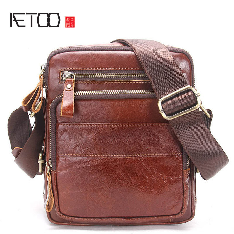 AETOO Men's shoulder bag leather men's Messenger bag Europe and the United States fashion first layer of leather men's bag europe and the united states classic sheepskin checkered chain tide package leather handbags fashion casual shoulder messenger b