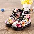 2016 Moda Botas de Niño Flor Casual Lace Up Botas Martins para Niñas niños Otoño Invierno Zapatos Niños Calientes Zapatos de Bebé