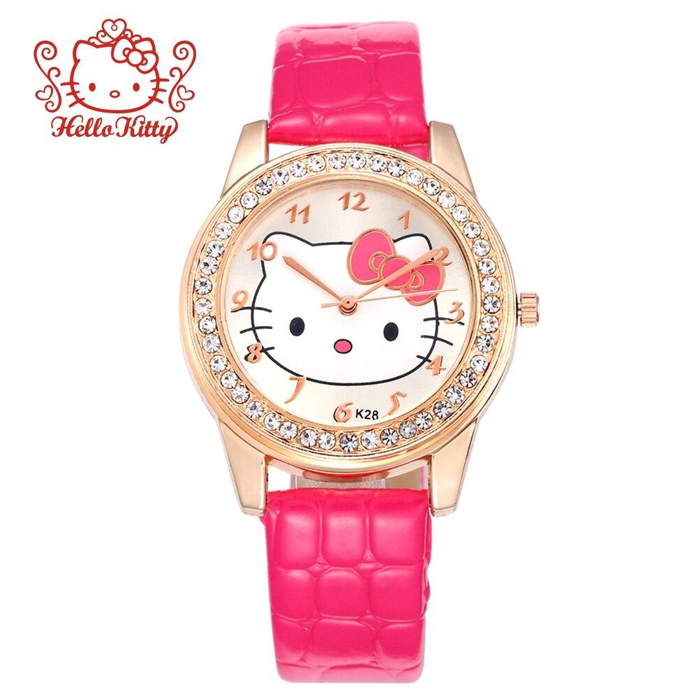 Часы с розовым кожаным ремешком