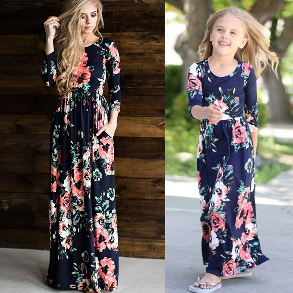 508af6d5efea2 US $12.99 40% OFF|chifuna Mother Daughter Bohemian Maxi Dress Family  Matching Outfits 2018 Fashion Mommy and Me Floral Long Dress Family  Fitted-in ...