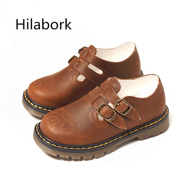2017 spring new children carved leather casual shoes boys retro non-slip shoes girls round head soft dough casual shoes