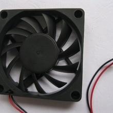 1 шт. с бесщеточным двигателем постоянного тока вентилятор охлаждения 11 лезвие 7015 S 12 V 70x70x15 мм