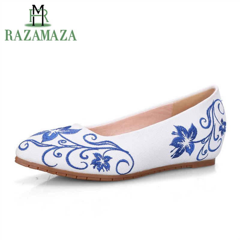 RAZAMAZA Chinese Style Women Flower Flats Shoes Embroidery Pointed Toe Flats Shoes Women Ballet Office Daily Shoes Size 35-40 weiqiaona crystal women shoes women flats new style ballet princess shoes patent shoes casualfashion shoes size 31 43