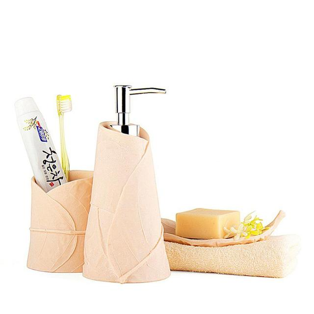 3pcs Ceramic Bathroom Accessories Set Household Items Toothbrush Holder Soap Dispensers Dishes