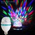 3 W E27 RGB LED de Colores Giratoria DJ Etapa Del Disco de Cristal de Color Bombilla LED Auto Stage Bar Partido Efecto de Luz Bombilla Mini Decoración