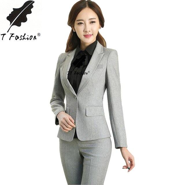 Vestiti con pantaloni eleganti ds01 regardsdefemmes for Progetta i tuoi mobili per ufficio