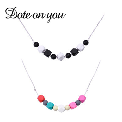 New Fashion Jewelry Wholesale Classic Silicone Pendant Necklaces for Women Bohemia Necklace Christmas Gifts