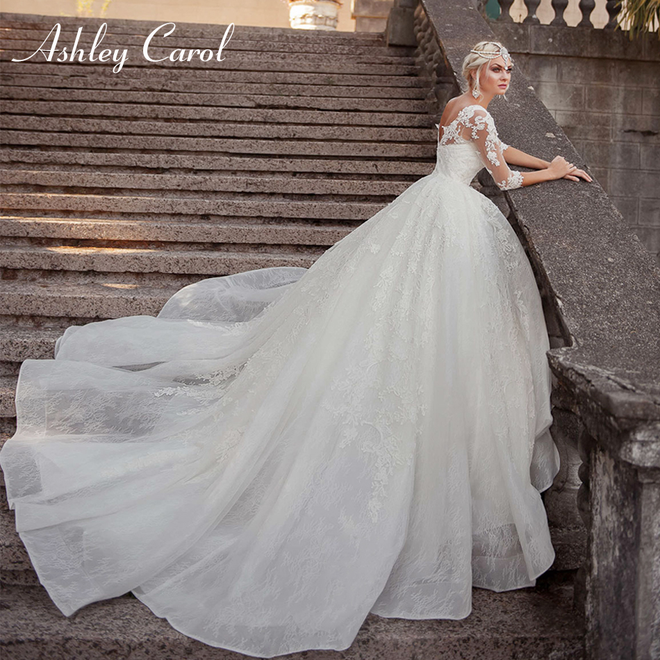 Ashley Carol Sexy Scoop Half Sleeve Lace Princess Ball Gown Wedding Dress 2019 New Backless Bride Dress Luxury Wedding Gowns