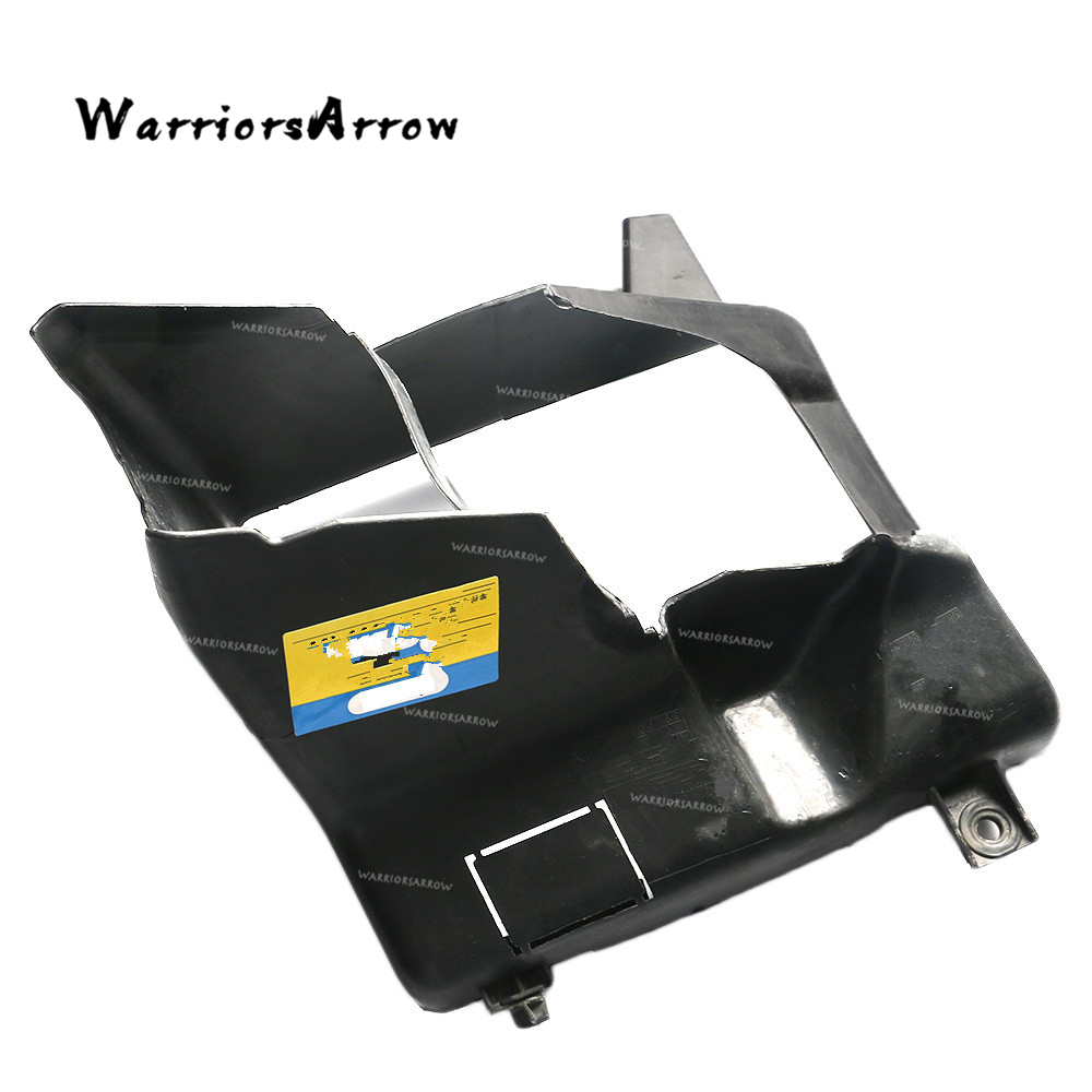 WarriorsArrow Front Right Side Air Ducts Engine Oil Cooler Air Duct For BMW 5 Series F10 F11 2011 2012 2013 51747200790