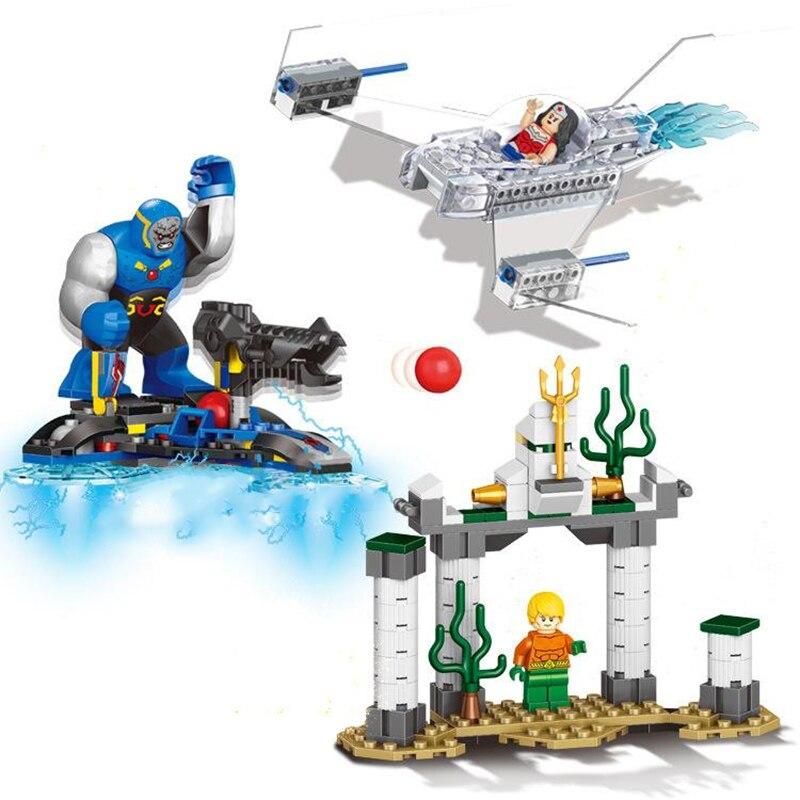 3 pz/set Nuovo Compatibile LegoINGlys Super Heroes Vendicatori Thanos Darkseid Aquaman Poison Ivy Blocchi di Costruzione Giocattoli per I Bambini il Regalo