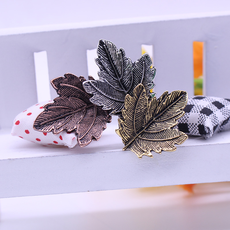 DIY Charm Broche Mujer Vintage Pin Brosch Maple Leaf Form Broscher - Märkessmycken - Foto 4