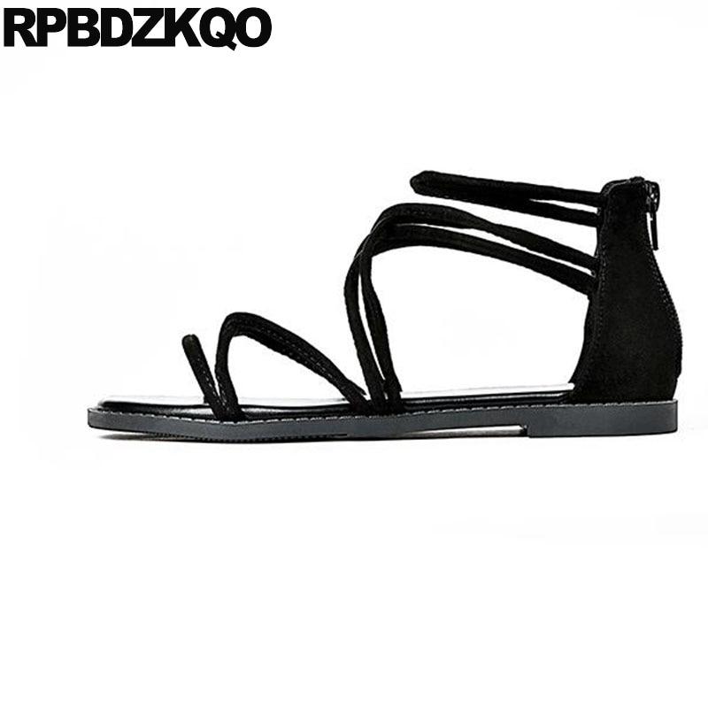 все цены на Summer Designer Shoes Open Toe Black Ladies Strappy Roman Gladiator Strap Up Women Sandals Flat Casual 2018 Cheap Back Zipper