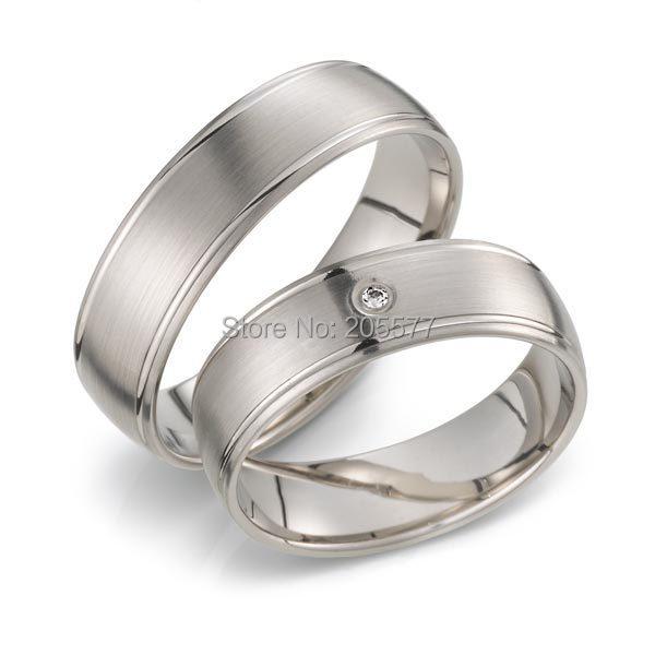 Simple plaine à la main en or blanc plaqué titane en acier inoxydable hommes et femmes fiançailles mariage bandes couples anneaux paire