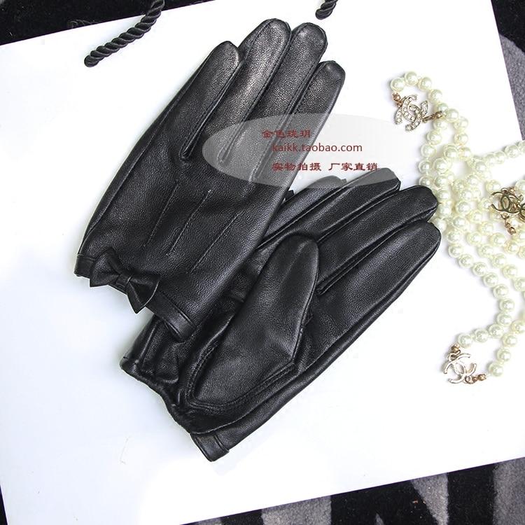 Перчатки из овечьей кожи с бантом; женские кожаные перчатки из овчины с резным узором; Цвет Черный; сенсорный экран - 5