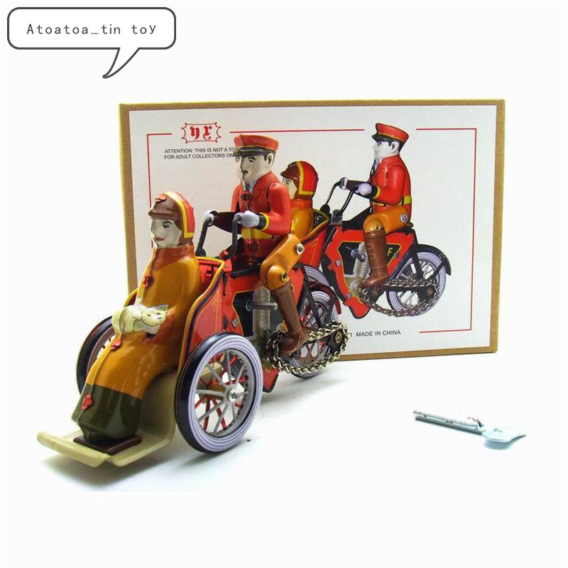 Vintage Retro Human Tricycle Tin Toys Classic Clockwork Wind Up Tricycle Tin Toy For Adult Kids Collectible Gift