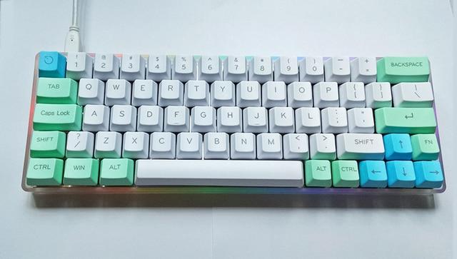 Mechanical keyboard with underglow
