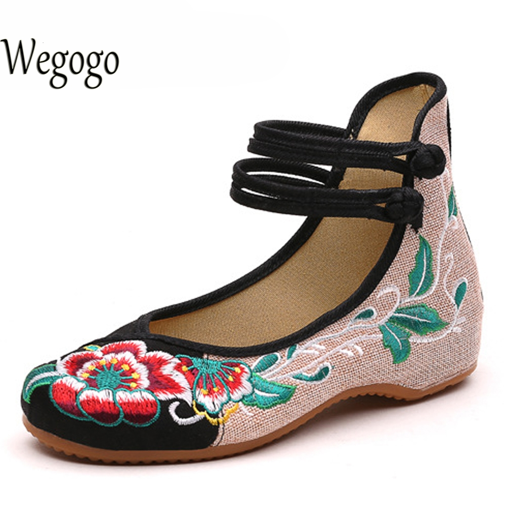 Wegogo New Arrival Old Peking Women's Shoes Chinese Flat Heel With Flower Embroidery Comfortable Soft Canvas Shoes  Size 34-41 vintage embroidery women flats chinese floral canvas embroidered shoes national old beijing cloth single dance soft flats