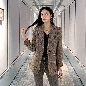 Image 2 - Automne femmes laine manteau femme Version coréenne 2019 nouveau hiver Plaid Blazer mode haute qualité femme laine manteaux