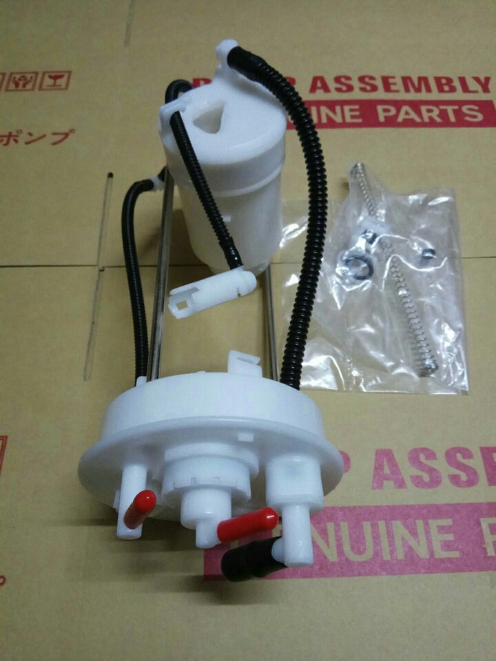 Car Fuel Filter For HONDA FIT 1 5L 2014 2015 2016 2017