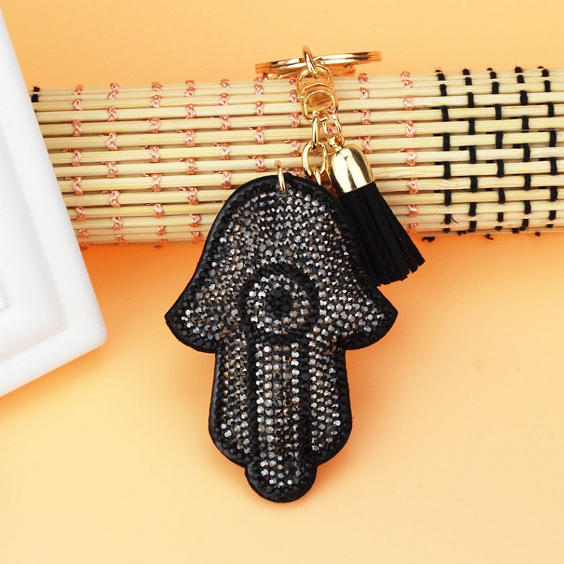QCOOLJLY Lucky Charm Hand Pendant Leather Tassle Keychains Purse Bag Pendant For Car Keyrings key chains holder women Jewelry