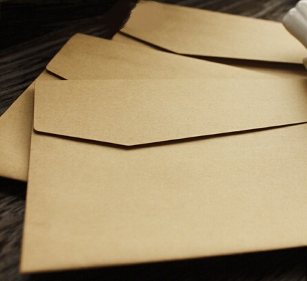 100Pcs/lot  Vintage Kraft Paper Envelopes  Europen Style  Envelope Message Card Letter Stationary Storage Paper Gift 170*120mm