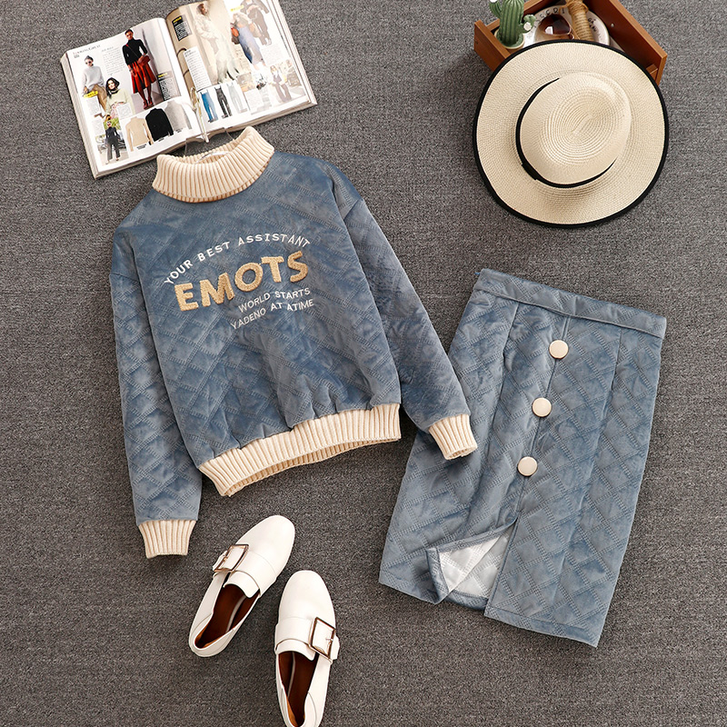 Autumn Winter 2 Piece Sets Women Long Sleeve Velvet Hoodies+ Skirts Suits Turtleneck Tops Vintage Letter Print Skirt Sets Z095