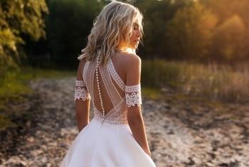 Bohemian Wedding Dresses 2019  Lace Satin Bridal Gowns Button Back A-Line Wedding Dress Robe De Mariee 4
