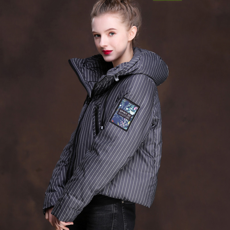 Loose fit striped hooded fashion duck   down   jackets women short design white duck   down     coats   outerwear 2019 new autumn winter