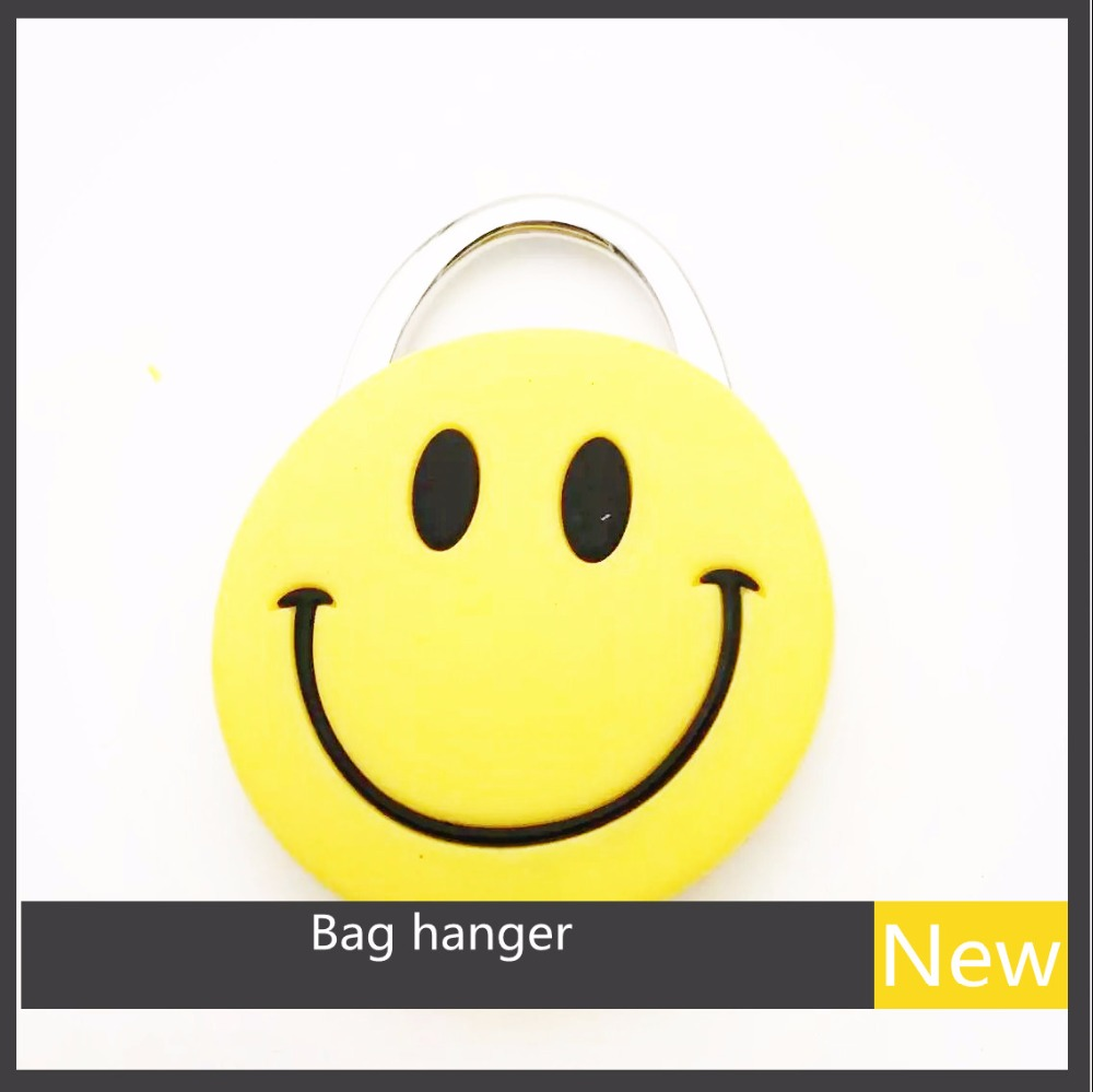 Emoji Smile Face Bag Hook Fashion Handbag Bag Hooker Purse Hanger Portable Table Bags Hook Gift Luxury Present Party Outside джон ли хукер john lee hooker cook with the hook 2 cd dvd