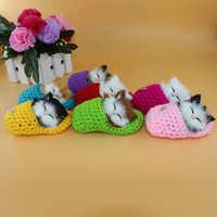 Nette Schlafen Katze Puppe Pompom Auto Ornamente Simulation Handarbeit Gewebt Schuh Kätzchen Katzen Dekoration Spielzeug Plüsch Decor Geschenke