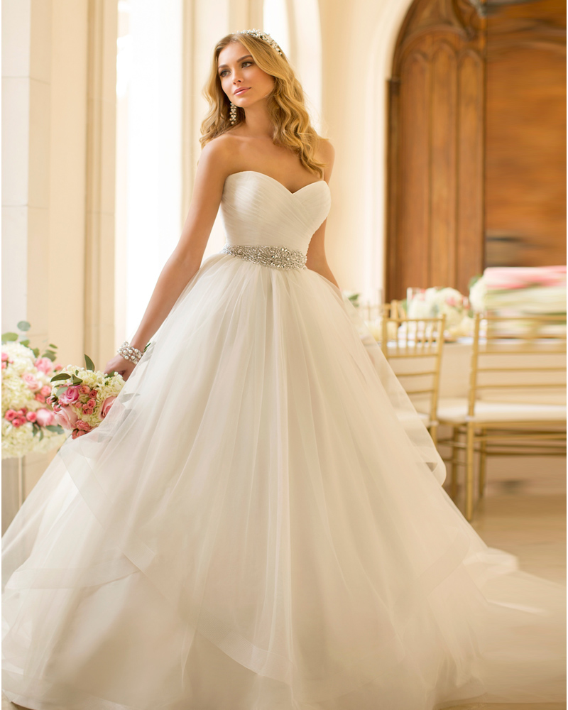 Buy vestido de noiva 2015 sexy ball gown for Where to buy yasmine yeya wedding dresses