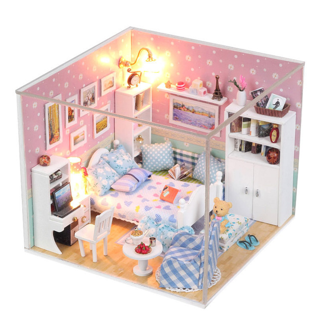 High Quality 3D DIY Handmade Dolls House Toys Princess Room With Furniture Doll Family 2  LED Light Dream