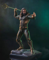 23cm Movie super hero Aquaman Arthur Curry Lighthouse keeper statue PVC figure collection model home decoration kids gift