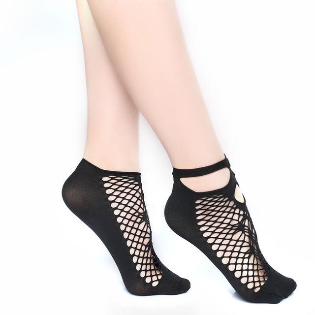 New Arrival 1Pair Sexy Women Lady Soft Black Lace Socks Ruffle Fishnet Mesh Short Ankle Socks Hot Wholesale