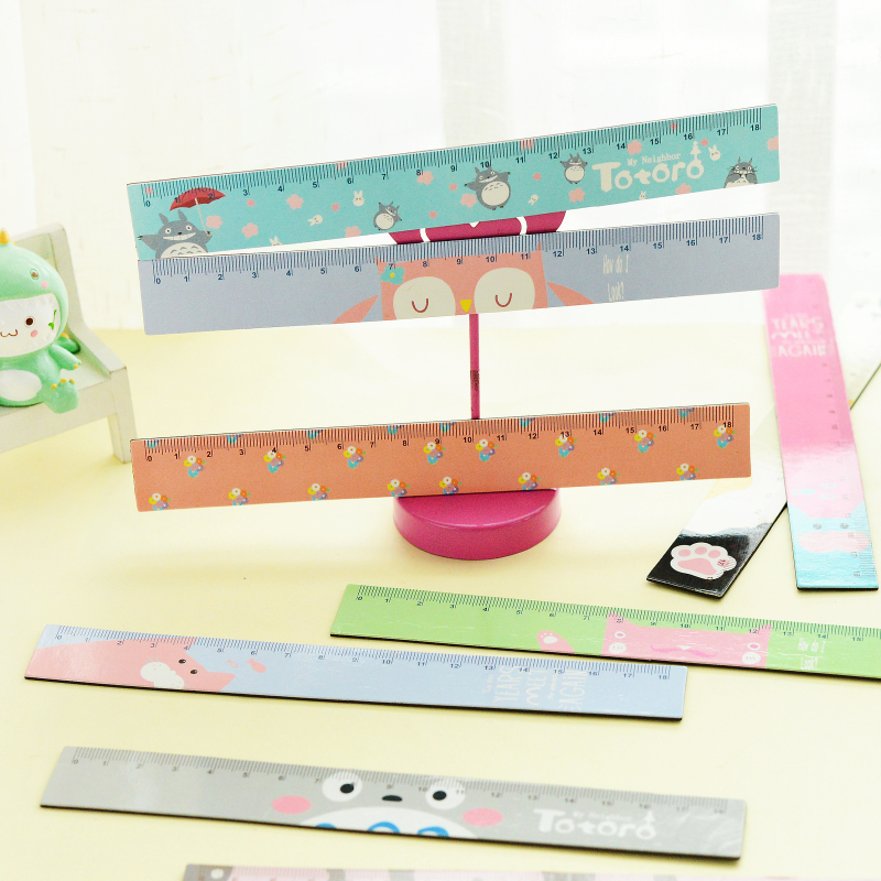10 pcs new Lovely Cartoon Animals Bendable Magnet Ruler 18cm flexible Straight Ruler Measuring Tool Gift