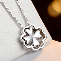 Hot Sale 925 Sterling Silver Pendants Necklaces Shiny Lucky Clover Necklaces Fit Women Party Wedding Necklaces