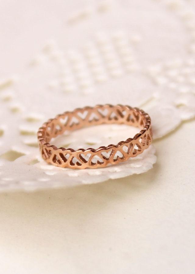 Fashion Jewelry 316L Titanium Steel Gold Color Heart Simple Circle